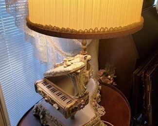 Capodimonte VICTORIAN Table Lamp