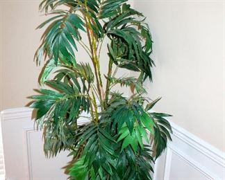Large silk plant