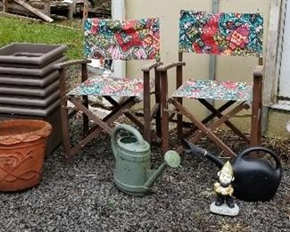 garden chair and pots