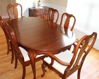 #5 - Pennsylvania House Cherry Dining Table & Chairs