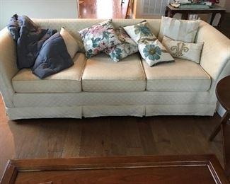 Modern couch (beige)