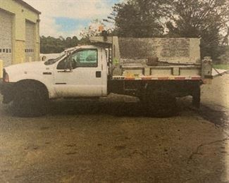 2001 FORD F-450 Dump & Plow Truck w/spreader  111k miles  VIN: 1FDXF47F41EB26005