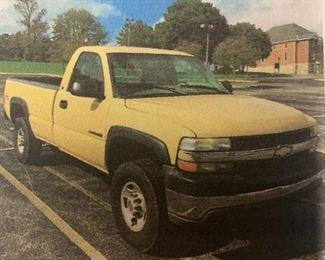 2001 Chevrolet Silverado 2500 Pickup Truck   98k miles  VIN: 1GCHK24U31E281043