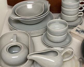 Russel Wright dishes