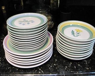 $20.00 Made in Italy dish set
