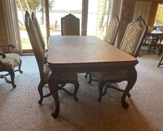 Hendredon Dining table