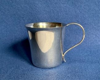 "$80 Tiffany sterling silver 2"" baby cup #23260 45g   Adorable! Unusual - smaller than most."