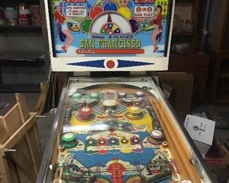 Working pinball machine. Vintage, Original San Francisco