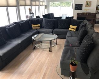 Contemporary large sectional sofa in excellent shape
