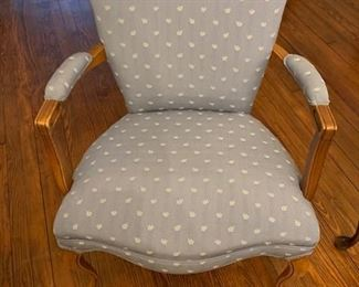 ADORABLE BLUE AND WHITE ANTIQUE ARM CHAIR $110