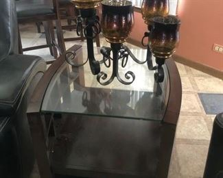 End table and decor
