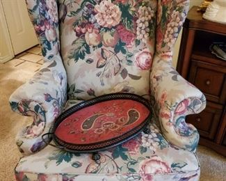 WINGBACK CHAIR & TRAY
