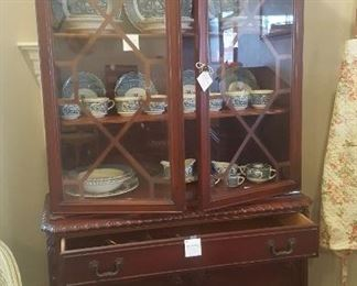 1920's Mahogany Benrnhardt China Hutch