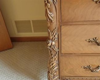VICTORIAN DRESSER & ORNATE MIRROR  -- DETAIL CARVING