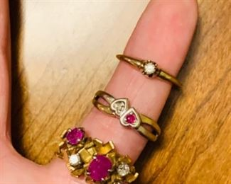 Diamonds and pink sapphires call for prices