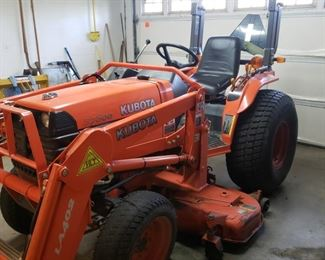 Kubota B700 Tractor 4WD, Hydrostatic drive  Mower deck was reworked with new gear box last summer by Franklin Kubota. They also serviced it then too  Also selling Implements- aerator, chain harrow, carry all, 750 lb fertilizer spreader bake spear for the bucket, carry all for the 3pt hitch