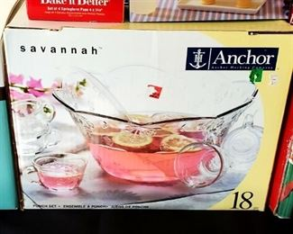 Punchbowl w/ cups and ladle
