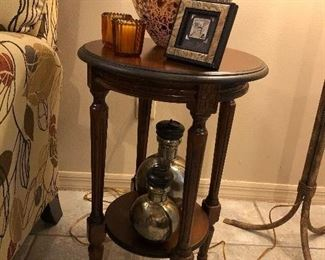 Side/Accent Table.