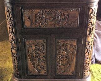 MVF009 Vintage Carved Wooden Oriental Bar