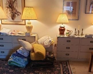 Mid century twin dressers, lamps, framed prints, rug, accessories