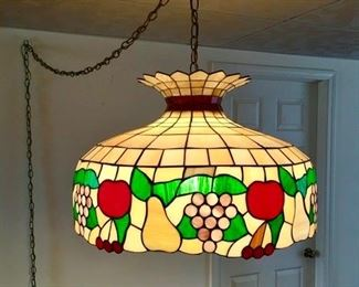 Stained glass hanging light/lamp