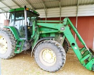 John Deere 7210 tractor with 740 Front loader, comes with bucket, 9000 hrs.