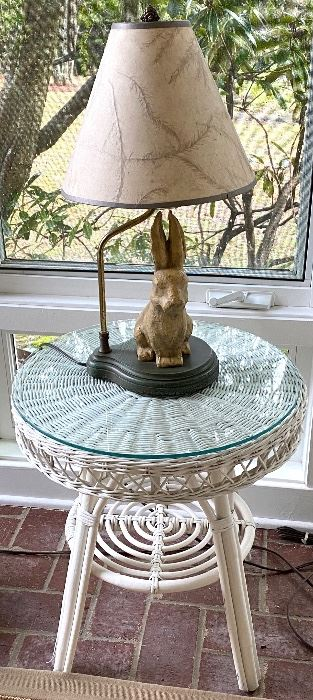 """White wicker side table and bunny lamp  Table is 20"""" tall & 18"""" in diameter  Table = $30 Lamp = SOLD"""