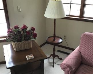 Drexel end table, chair, lamp