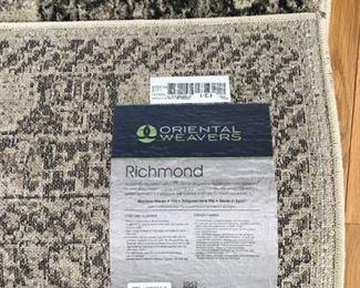 9'10 x 12'10 rug