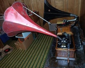 EDISON PHONOGRAPH WITH LARGE PAINTED HORN, WORKING CONDITION