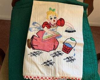 Lots of linens $1-$5