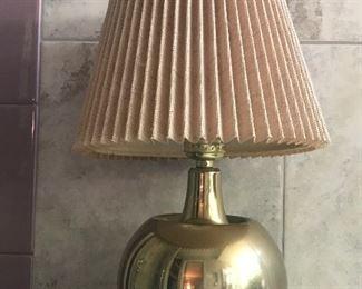 "MCM heavy brass ball lamp  5.5 "" diameter"