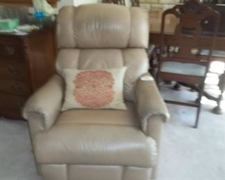 leather lazyboy chair