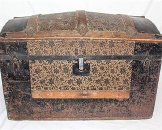 Beautifully Detailed Antique Metal and Wood Trunk