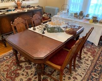 Antique walnut Table w/ 6 chairs