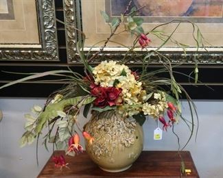 Wide selection of custom floral arrangements throughout