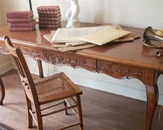 French Writing Desk/small Dining Table Size