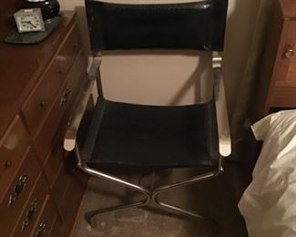 Great MCM chair