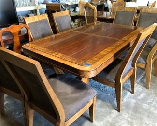 Beautiful Dining Room Table with 8 chairs and 2 extensions... $649!!