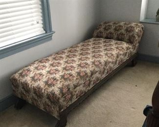 Antique fainting couch/chairs.