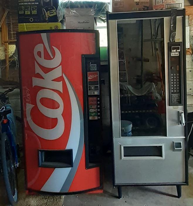 ... Working Vending Machines