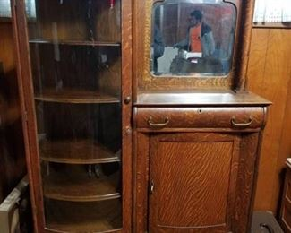 Antique Display Cabinet with Dovetail and Original Key