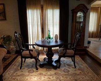 """Darling Tuscan Style Bistro Set by Thomasville! Excellent Condition. Table is 36"""" diameter, the chairs have nice wide seats to accommodate a long chat or chess game. $750 obo"""