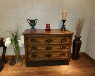 """Painted Thomasville Chest of Drawers.  20""""d x 43""""w, like new condition. $400 obo"""