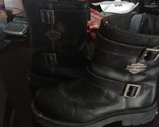Black Harley Davidson motorcycle boots, size 12.