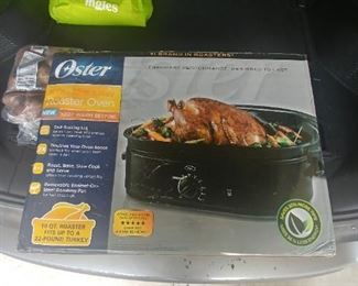 New in the Box turkey roaster.