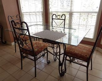 dining table w/4 chairs w/glass & metal