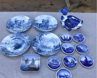 Blue and White Porcelain Collectibles