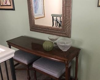 Smart Sofa Table with Two Stools