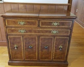 Vintage Wooden Bar Cabinet Chest https://ctbids.com/#!/description/share/362497